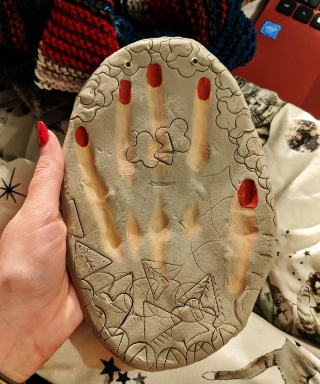 emilyannlou hand
